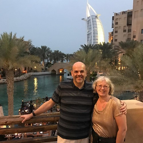 Great to catch up with my old friend Darren yesterday, who gave us a tour of old and new Dubai - including a view of the Burj Al Arab! #dubai #burjalarab #soukmadinat #soukmadinatjumeirah