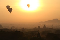 sunburnt (PawL23) Tags: bagan balloonsoverbagan hotairballoons temple stupa landscape goldenhour