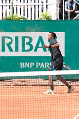 BNP Paribas Primrose Bordeaux 2013 - Gal Monfils (6) (Val_tho) Tags: france sport canon french eos thomas bordeaux atp tennis mai tournament gael terre canoneos bnp challenger francais coup primrose valadon droit bnpparibas forehand canonef70200mmf28lusm canon70200f28l monfils 2013 battue 70200mmf28 terrebattue 400d eos400d canon70200mm28lusm coupdroit villaprimrose thomasvaladon moskitom