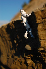 Getting over the edge (radargeek) Tags: alaska toy starwars action ak anchorage figure clonetrooper
