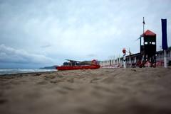 lifeguarD (niK10d) Tags: beach clouds sand waves lifeguard shore enya pentaxk10d 31mmf18limited