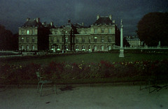 Luxembourg (Fraser P) Tags: autumn paris france gardens dark jardin palace 1984 palais luxembourg ghostly atmospheric dayfornight nuitamericaine