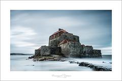 Fort solitaire (Emmanuel DEPARIS) Tags: mer de nikon cote pas calais nord ambleteuse dopale emmanueldeparisphotography