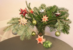 Christmasdecoration (Kalami) Tags: vision:outdoor=0854 vision:plant=0858