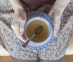 a moment for me ... (idni . idniama) Tags: cup vintage 50mm nikon tea moment autorretrato teatime cupoftea gettyimages selfie planocenital idni gettyimagesiberiaq3