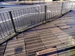 shadows and lignes (Julie70 Joyoflife) Tags: flowers london spring fevrier photostroll photojuliekertesz midfebruary springwalksinlondon springflowersinfebruary