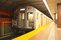 5820 (DennisTsang) Tags: toronto train subway ttc h6