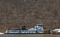 RONALD L. LOUGHMILLER (Joe Schneid) Tags: kentucky transportation louisville acl ohioriver towboat inlandwaterway inlandwaterways americanwaterways americancommerciallines ohiorivermile619 ronaldlloughmiller
