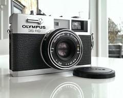 Olympus 35 RC (Gabo Barreto) Tags: camera 35mm gear rangefinder olympus filmcamera zuiko abeauty coudntstop
