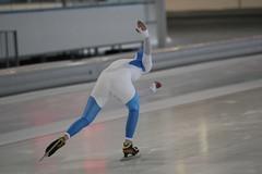 2B5P1176 (rieshug 1) Tags: 500 3000 tilburg 1500 1000 nk dames schaatsen speedskating eisschnelllauf junioren junb nkjunioren ireenwustijsbaan gewestnoordbrabantlimburgzeeland