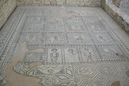 VILLA ARMIRA - Floor Mosaic
