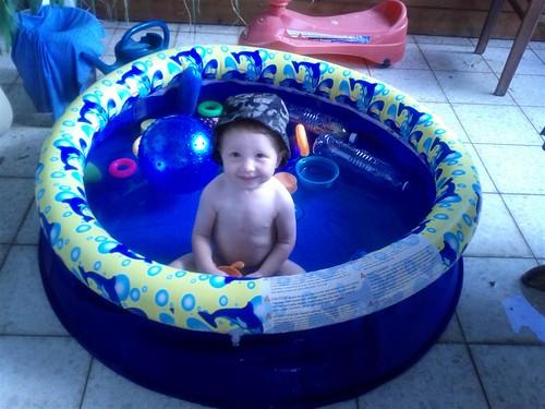 Daniel in pool-6-2011