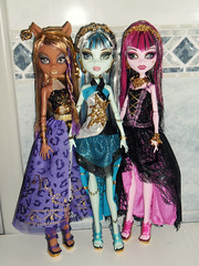 I'm a genie a bottle, you gotta rub me the right way (meike__1995) Tags: monster high wolf dolls frankie wishes casbah 13 stein mattel haunt 2013 clawdeen draculaura