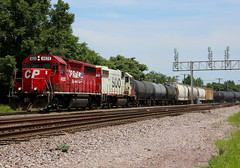 Clinton Local (JayLev) Tags: up clinton cp soo dme gp38