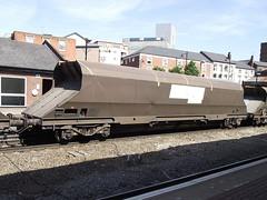 370220 at walsall (47604) Tags: wagon coal hopper walsall hha 370220