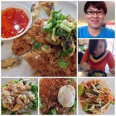 กินๆ กัน ร้านศิริวรรณ ถ.รัตนาธิเบศร์ @zowsunny #อาหารแนะนำ #หอยทอด #ผัดไทย