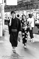 catching the last train -- shinjuku JR station platform (imagesnapper) Tags: 50mm nikon af f14d