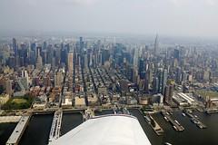 Flying the Hudson (LuisJouJR) Tags: newyork manhattan aerialview aviones flighttraining hudsonriverflight