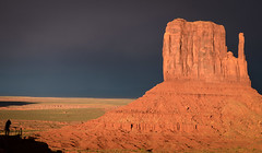 Monument Valley and a photographer at sunset (Cinnamon Moon) Tags: travel sunset nature landscapes utah scenery native parks monumentvalley