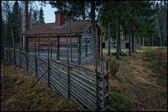 Fagerbacka (Jonas Thomn) Tags: barn fence barns cottage lada stuga lador fbod purmo grdesgrd roundpolefence fagerbacka grdgrd