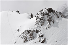 mont blanc massif (heavenuphere) Tags: people white mountain snow france mountains alps sports nature sport clouds alpes landscape outdoors europe view extreme adventure climbing alpine tiny savoie midi distance range chamonix mont blanc montblanc climbers massif aiguilledumidi hautesavoie aiguille rhnealpes chamonixmontblanc 55250mm tlphriquedelaiguilledumidi