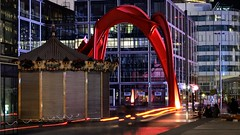 L'Araignée Rouge (herve_928) Tags: architecture ladefense photosdenuit 1685mmf3556gvr d5100 qualitystructuresppf