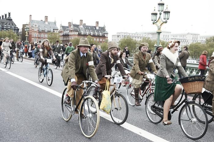 tweed run street style london