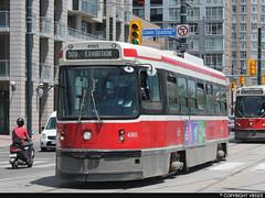 Toronto Transit Commission #4065 (vb5215's Transportation Gallery) Tags: toronto canada transit streetcar 1980 commission hawker l2 utdc siddeley clrv