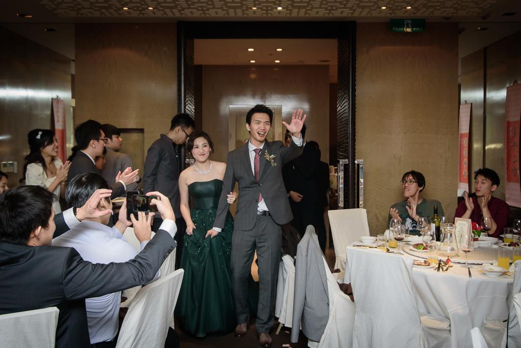 wedding day,婚攝小勇,台北婚攝,晶華,台北國賓,台北國賓婚宴 ,愛瑞思,Miko,新秘,-082