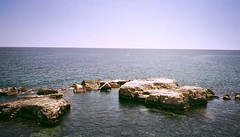 Aspettando la vita (simoneaversano) Tags: sea summer italy panorama costa sun water june coast landscapes seaside italia mare estate pano south horizon sicily sole giugno acqua paesaggi spiaggia sicilia paesaggio sud orizzonte southernitaly lndscape suditalia italiameridionale uploaded:by=flickrmobile flickriosapp:filter=nofilter