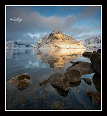 Reine, Lofoten Islands, Arctic Norway (rosscosqf) Tags: sunset sea mountains norway nikon rocks arctic lee filters lofoten d800 goldenlight filt 1424 sw150