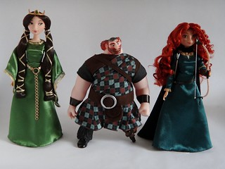 Classic King Fergus 10'' Doll with Queen Elinor (2012) and Classic Merida (2012) - Disney Store - First Look