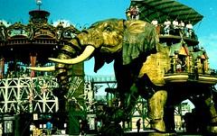 NANTES (VERY GIORGIOUS) Tags: elephant film lomo lomography cross kodak machine slide carousel elite 200 expired processed
