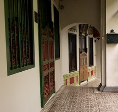 Tiled Shophouses (kieranburgess) Tags: old alley singapore patterns traditional tiles ornate shophouse passageway orchardrd emeraldhill coveredwalkway september2013