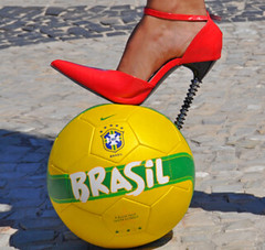 high heels on copacabana street (milenepontarollo) Tags: highheels talonhaut