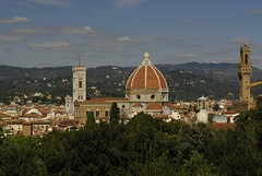 The Basilica di Santa Maria del Fiore and Tower of the Pallazzo Vecchio as seen from the Boboli Gardens in Florence (marantzer) Tags: italy florence nikon italia catholic cathedral unesco tuscany firenze boboligardens duomo d200 pittipalace dslr pitti medici brunelleschi centrostorico palazzopitti florencecathedral filippobrunelleschi giottosbelltower giardinidiboboli comunedifirenze basilicadisantamariadelfiore basilicaofsaintmaryoftheflower ilduomodefirenze giottoscampinale