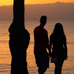 _MG_7961R Sun Set One, Enlightenshade, Jon Perry, 10-9-13 (Jon Perry - Enlightenshade) Tags: sunset love romance lovers tenerife romantic holdinghands canaryislands sunsetone puestadelsol watchingthesunset sunsetromance 10913 jonperry sunsetlovers enlightenshade arranginglightcom 20130910