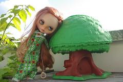 Vintage girl+vintage Toy