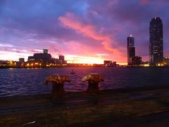Sunset Rotterdam | 16 (Hipstagirl 2011) Tags: sunset zonsondergang rotterdam neworleans colourful montevideo rivier derotterdam rijnhaven codrico vision:sunset=0899 vision:mountain=0543 vision:outdoor=0962 vision:sky=0989 vision:clouds=094