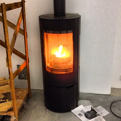 Trial burn of our new friend. He's from Bauhaus, so we've named him Mr. Walter Gropius :)