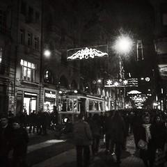 شارع تقسيم #اسطنبول بواسطة #Snapseed (anwar marghalani) Tags: شارع اسطنبول بواسطة تقسيم snapseed