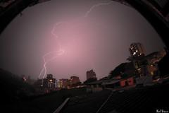 Shock! (kolveas) Tags: noche lluvia colombia rayo lightningstrike pereira relampago