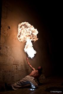 le champignon flamme tomique