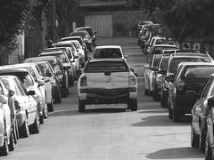 (milena fernandess) Tags: street blackandwhite carros rua pretoebranco