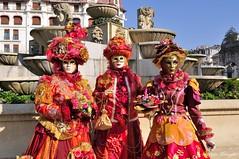 Christiane, Denise et Martine (jomnager) Tags: costume nikon passion carnaval savoie f28 afs masque 1755 aixlesbains rhonealpes d300s venitien