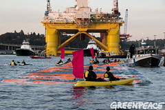 Shell No Banner Blocking The Pioneer Path (Greenpeace USA 2019) Tags: seattle usa washington shell gas arctic rig oil climatechange climate drilling fossilfuel polarpioneer