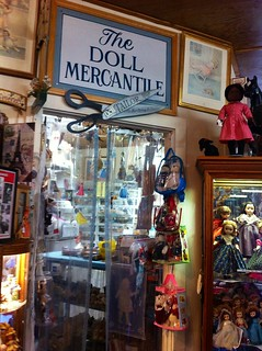 Doll Store!!