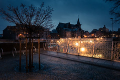 Ambiance pluvieuse... (Gilderic Photography) Tags: liege belgium belgique belgie rainy mysterious morning city ville steamy light lights panasonic lumix lx100 gilderic