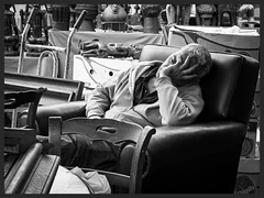 Sonno da mercatino (bogob.photography) Tags: italy olympus asleep mercato sonno ep2 mercatino mercante moncalieri