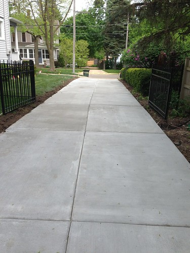 "Concrete Driveway • <a style=""font-size:0.8em;"" href=""http://www.flickr.com/photos/76775226@N06/9349976725/"" target=""_blank"">View on Flickr</a>"